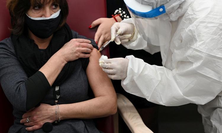 Coronavirus il bollettino 6513 nuovi casi e tasso di positività 24 16 i morti