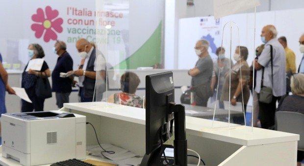 Covid Campania continua a salire la curva dei contagi (534) Altri 471 positivi e due morti