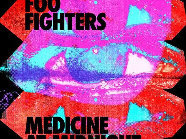 √ Dischi per lestate Medicine at Midnight dei Foo Fighters