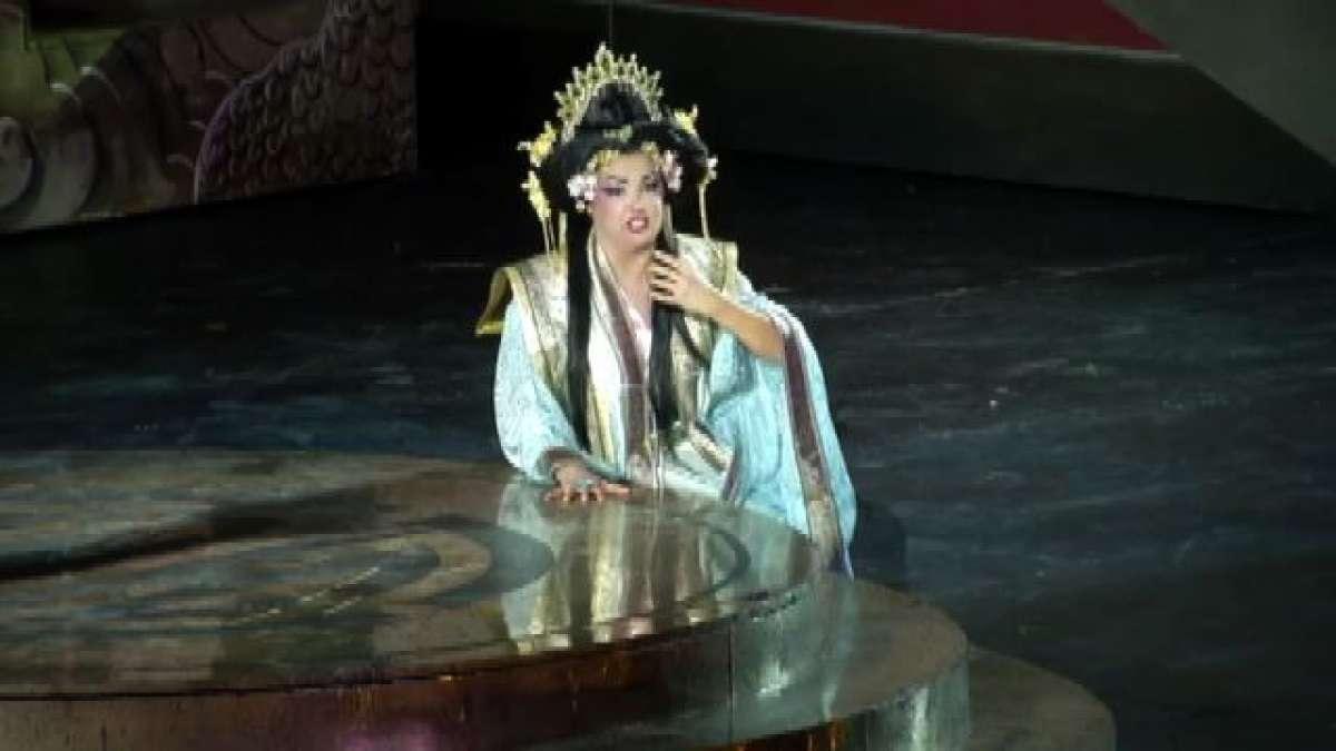 La star Anna Netrebko incanta lArena di Verona in Turandot