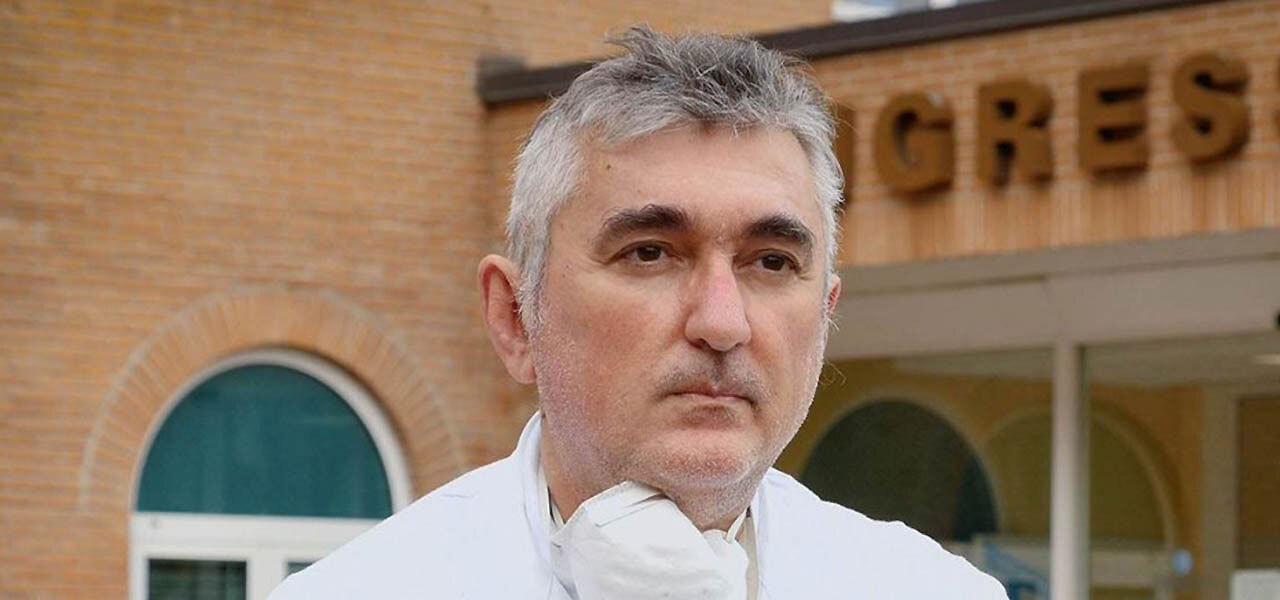 Giuseppe De Donno fiaccolata a Lecce nel giorno del funerale/ Voleva fare del bene