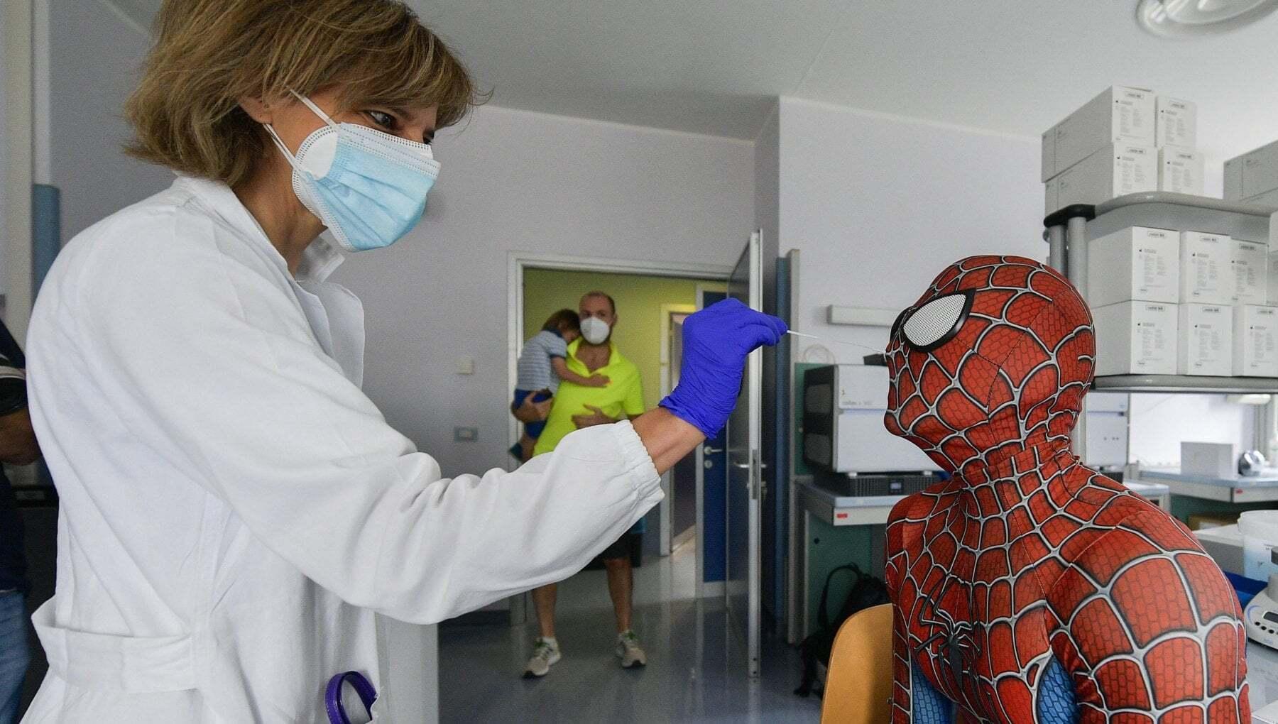 Coronavirus Italia il bollettino di oggi 2 agosto 3190 nuovi casi e 23 decessi Tasso di positività al 38