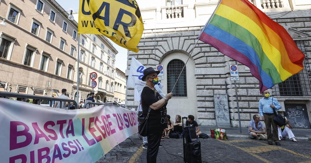 La deriva gender che vieta pure di usare la lingua italiana