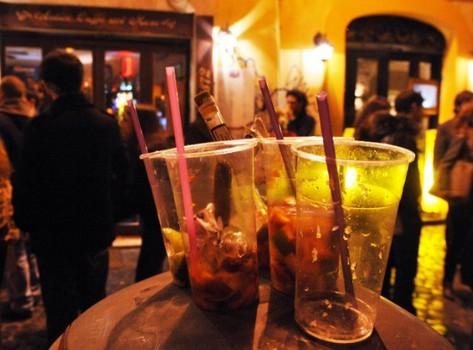 Chiusura locali a mezzanotte e niente alcol, da asporto, dalle 21:30: firmata ordinanza ad Agrigento