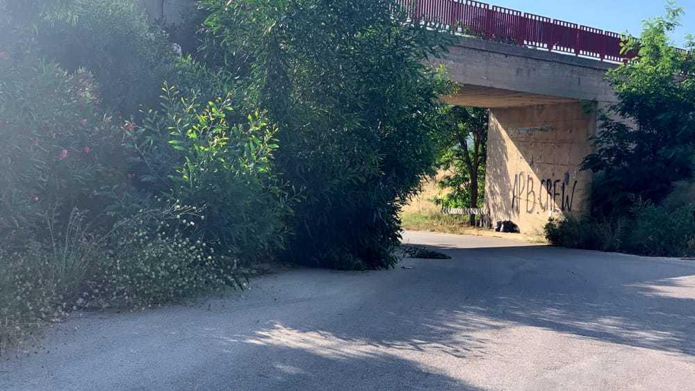 Bretella del ponte Morandi in stato di abbandono, la denuncia di 'Mani Libere'