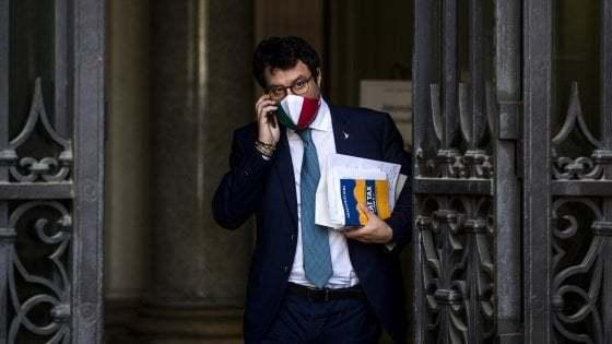 Open Arms: Giunta dice no a processo contro Salvini