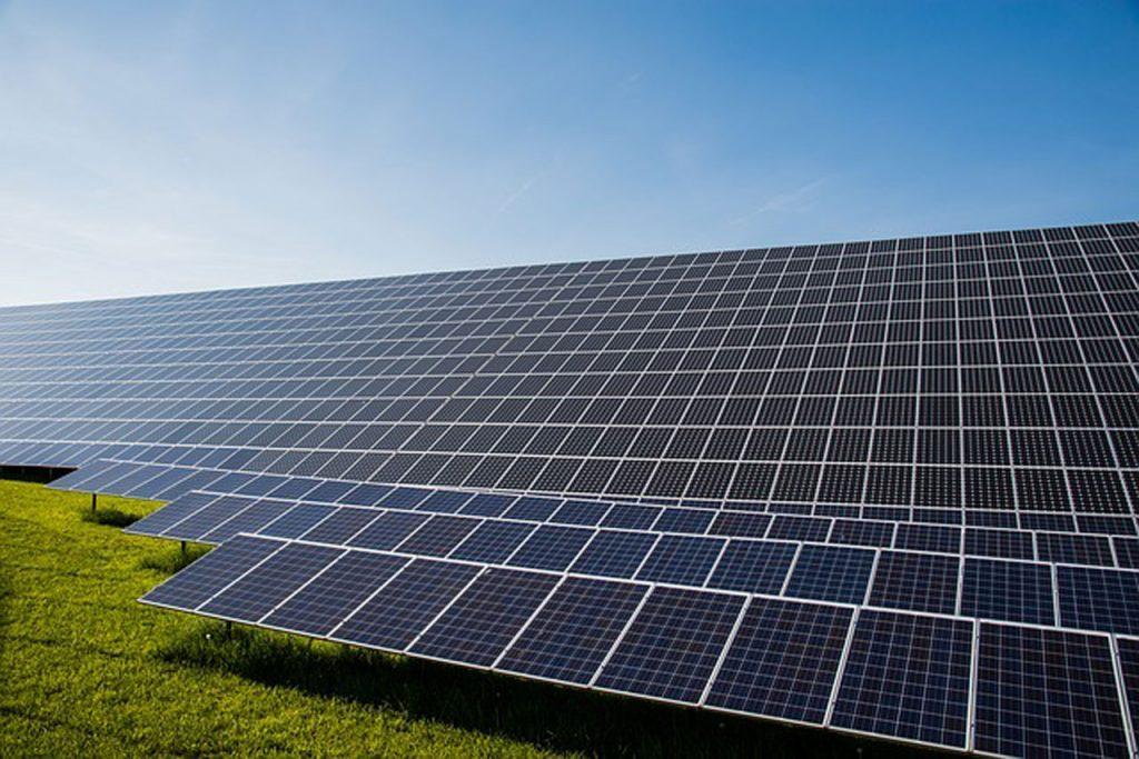 Francofonte. Impianto fotovoltaico in contrada Passaneto, il secco 'no' dei 'Mille papaveri rossi'