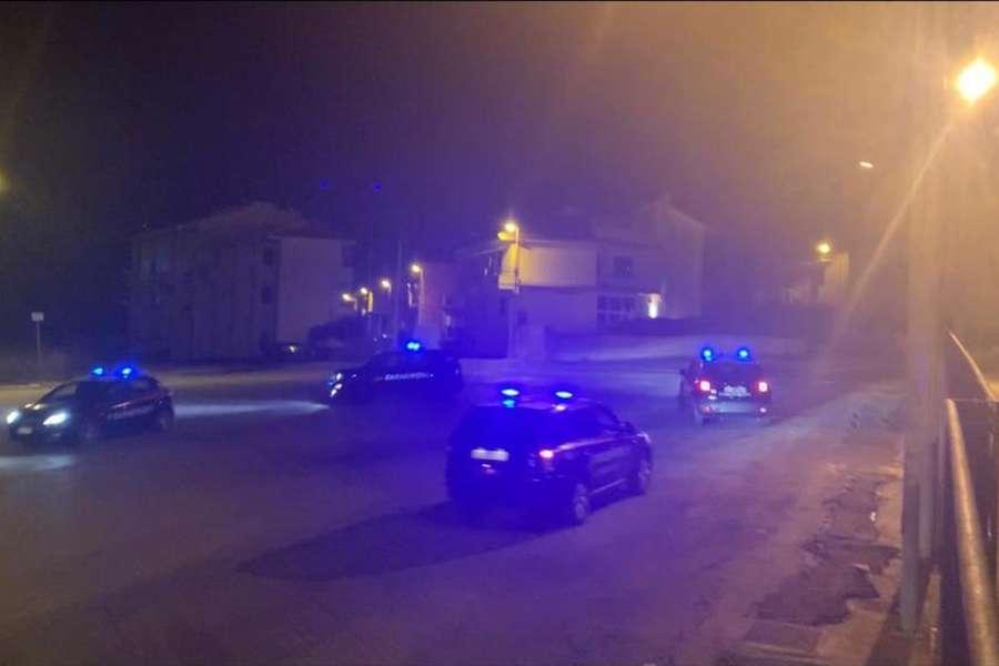 Controlli tra Santa Croce Camerina e Marina di Ragusa: arresto per aggressione