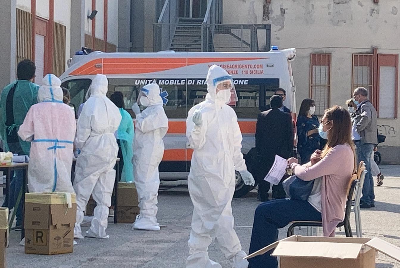 Covid 96 nuovi casi nellagrigentino una vittima a Porto Empedocle