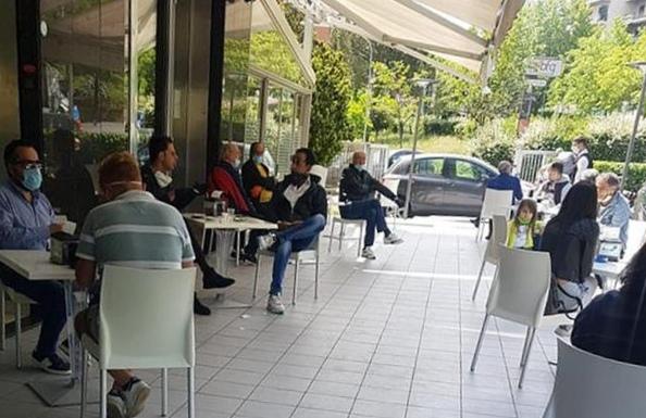 Lunedì si riapre, Musumeci ha avuto via libera per: parrucchierie, bar, ristoranti e commercianti