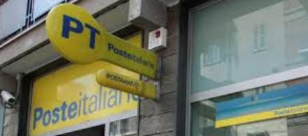 Poste italiane contro la violenza di genere: sui monitor numero app gratuita 1522