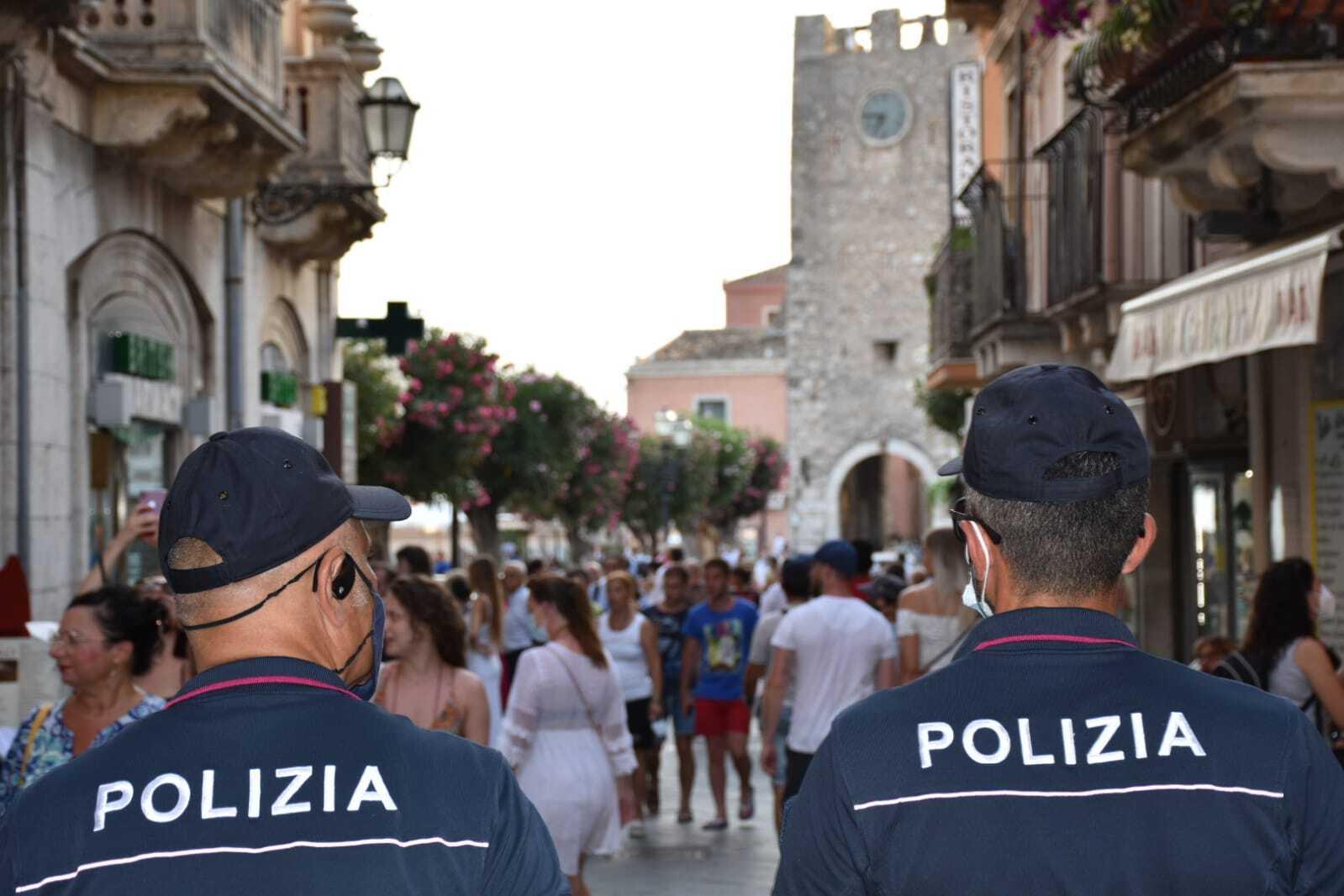 Covid e musica Polizia di Stato chiude 4 locali a Taormina per 5 giorni
