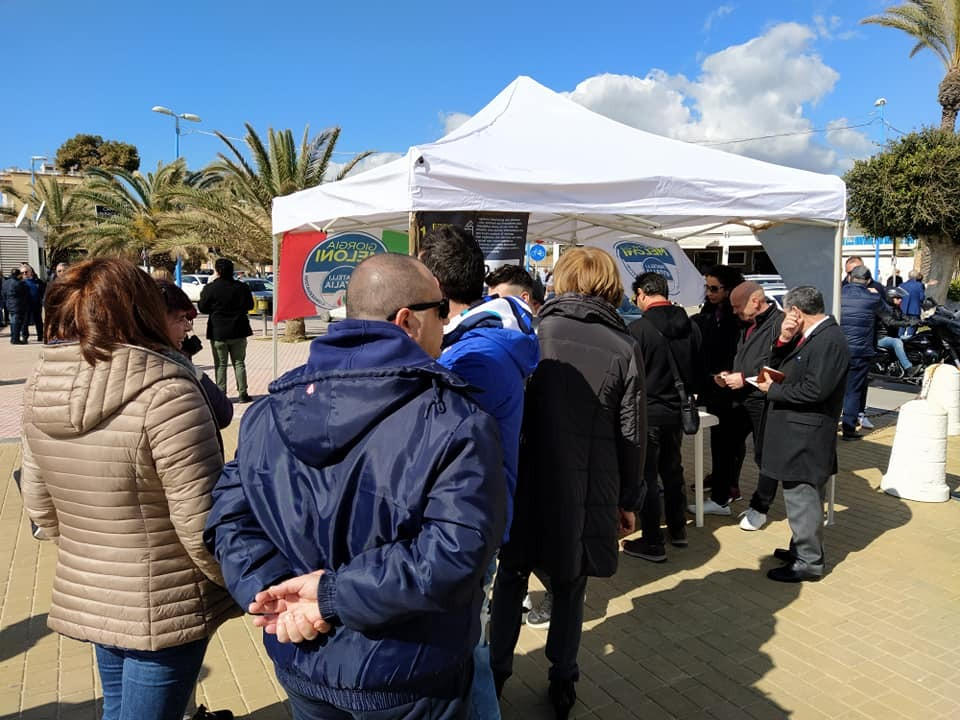 Fratelli d'Italia in piazza ad Agrigento e Naro per chiedere subito elezioni