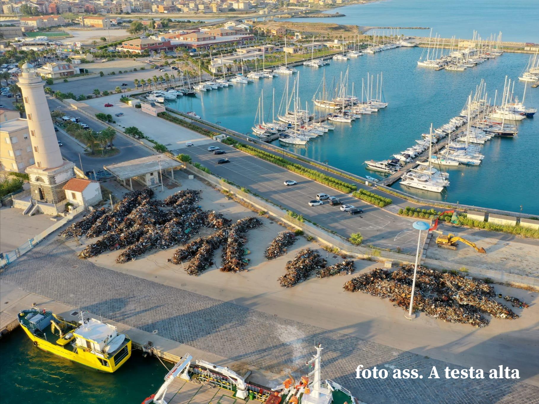 Rifiuti ferrosi al porto di Licata, A testa alta: 'attendiamo riscontro con il Comune'