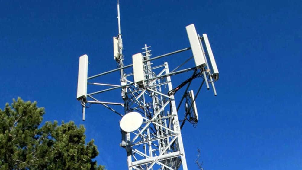 Antenne 5G, s'infiamma lo scontro: botta e risposta tra il sindaco e Gelarda