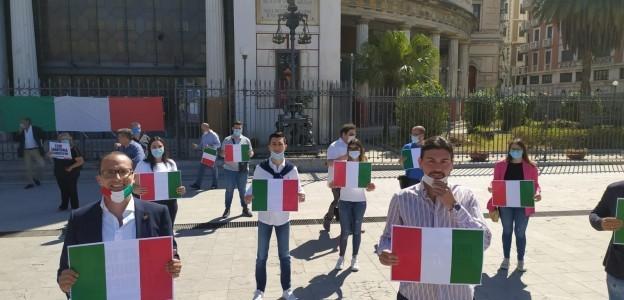 'Governo Conte e Italia in declino' Palermo, centrodestra in piazza