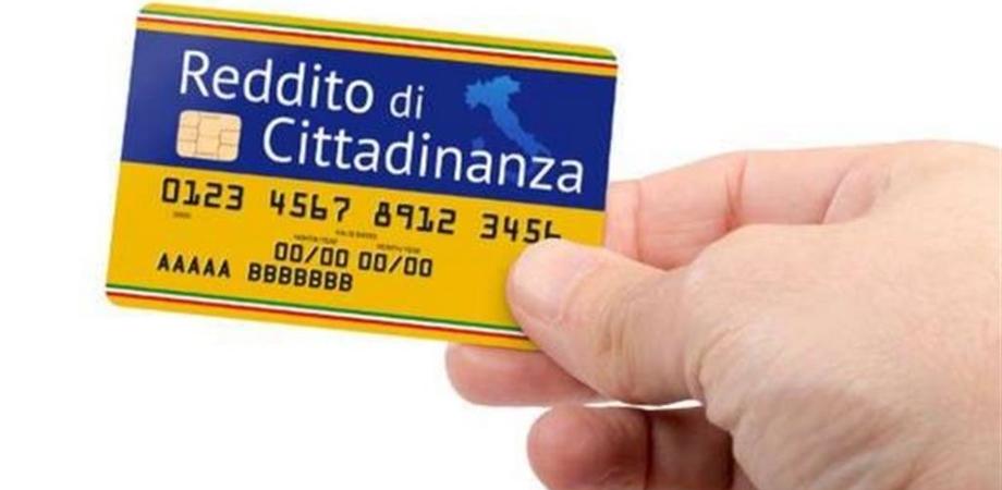Reddito di cittadinanza, pagamento la prossima settimana: il sussidio potrebbe avere i mesi contati
