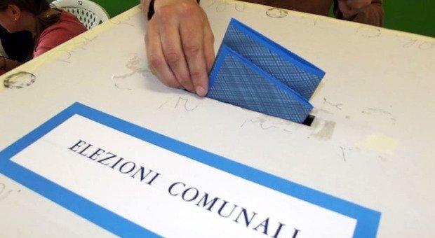 Elezioni comunali Milano sfida sindaco candidati liste Solo donne Scheda lenzuolo