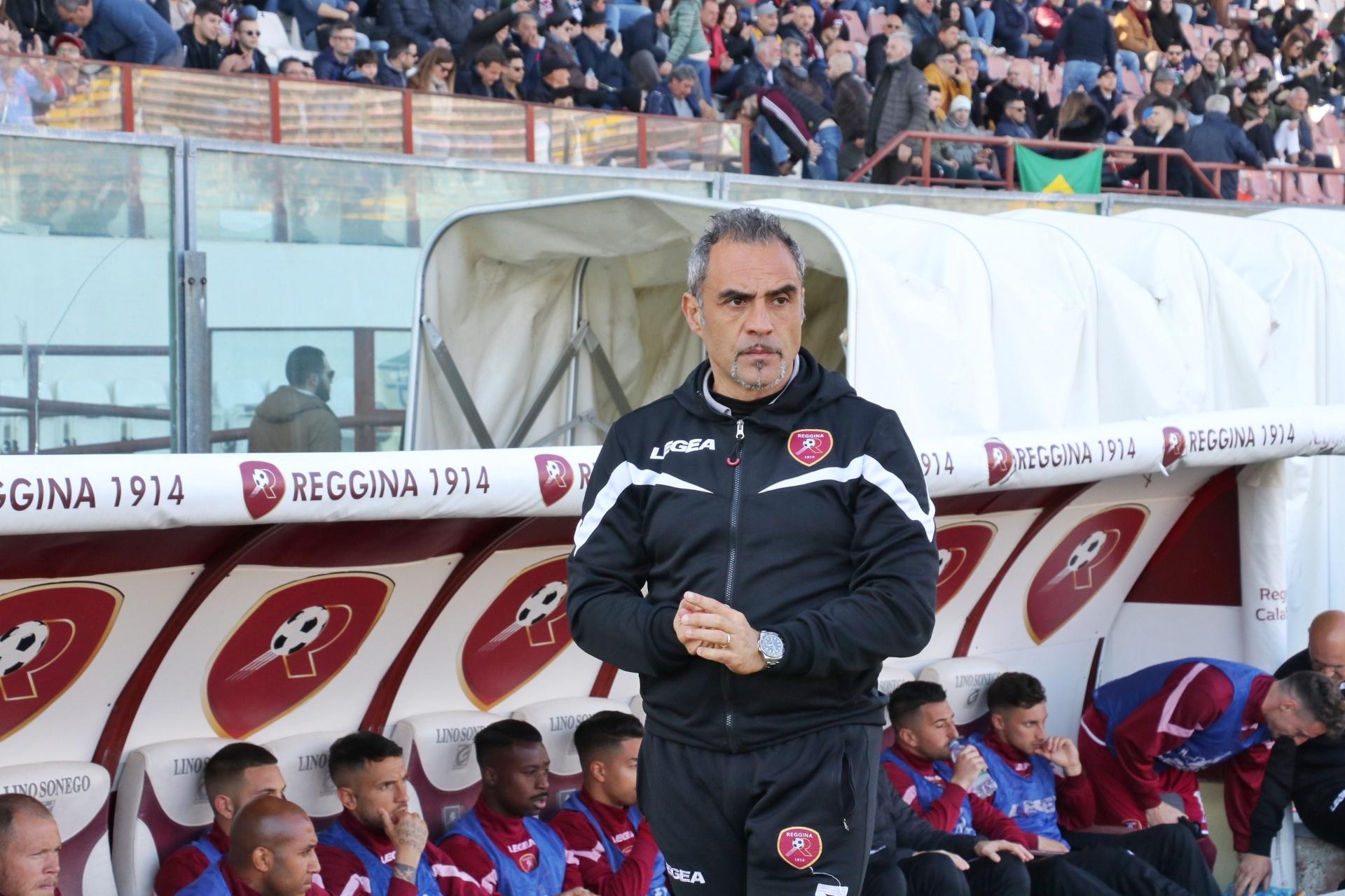 L'IFAB ufficializza: sì alle 5 sostituzioni anche nella prossima stagione. Per la Reggina sarebbe una grande notizia...