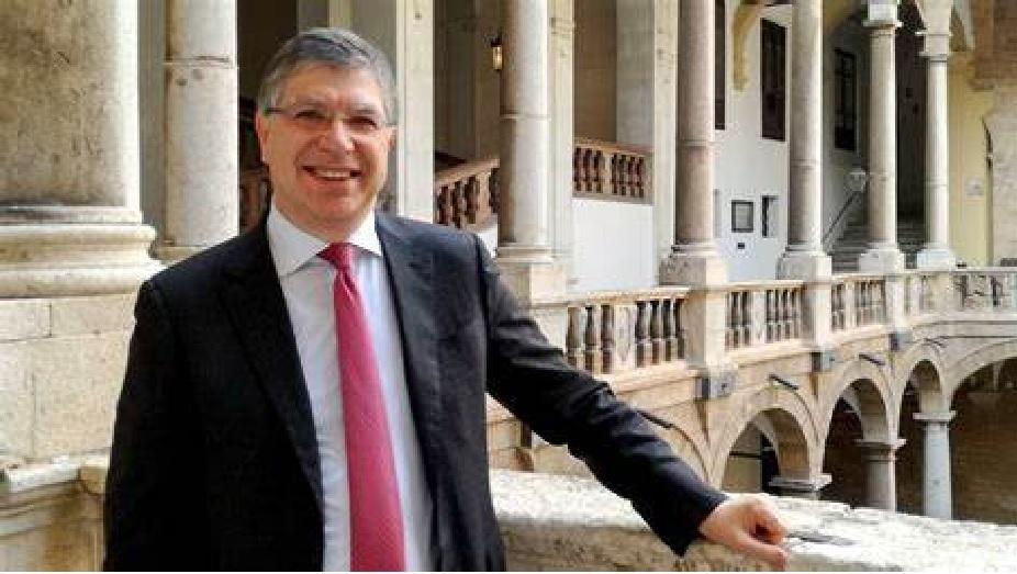 Ennesima caduta di stile del sindaco di Messina