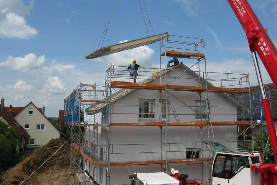 Ecobonus case al 110%, dal 1 luglio bonus ristrutturazione per infissi: requisiti