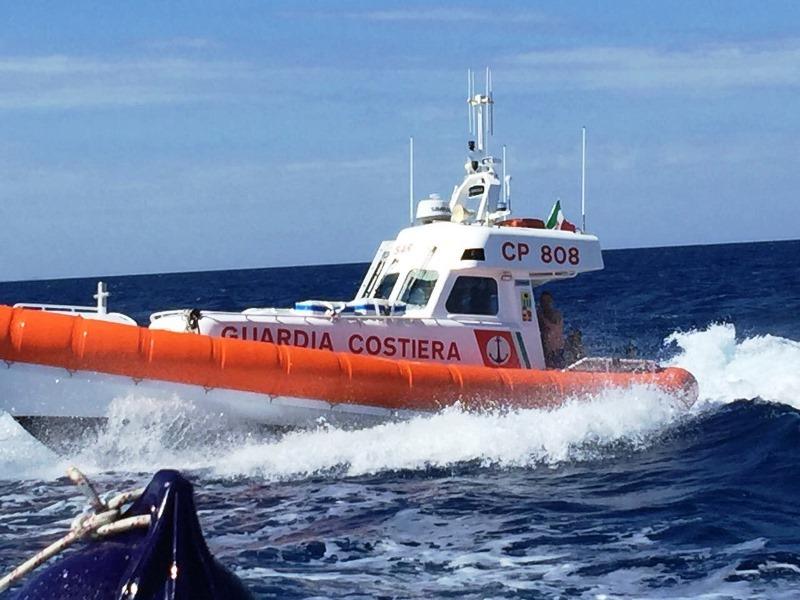 Filicudi tragedia alle prime luci dellalba rinvenuto senza vita il corpo di uno skipper di Messina
