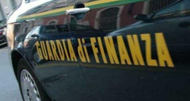 Mafia: Gdf Catania sequestra beni 335.000 euro a genero boss Mazzei