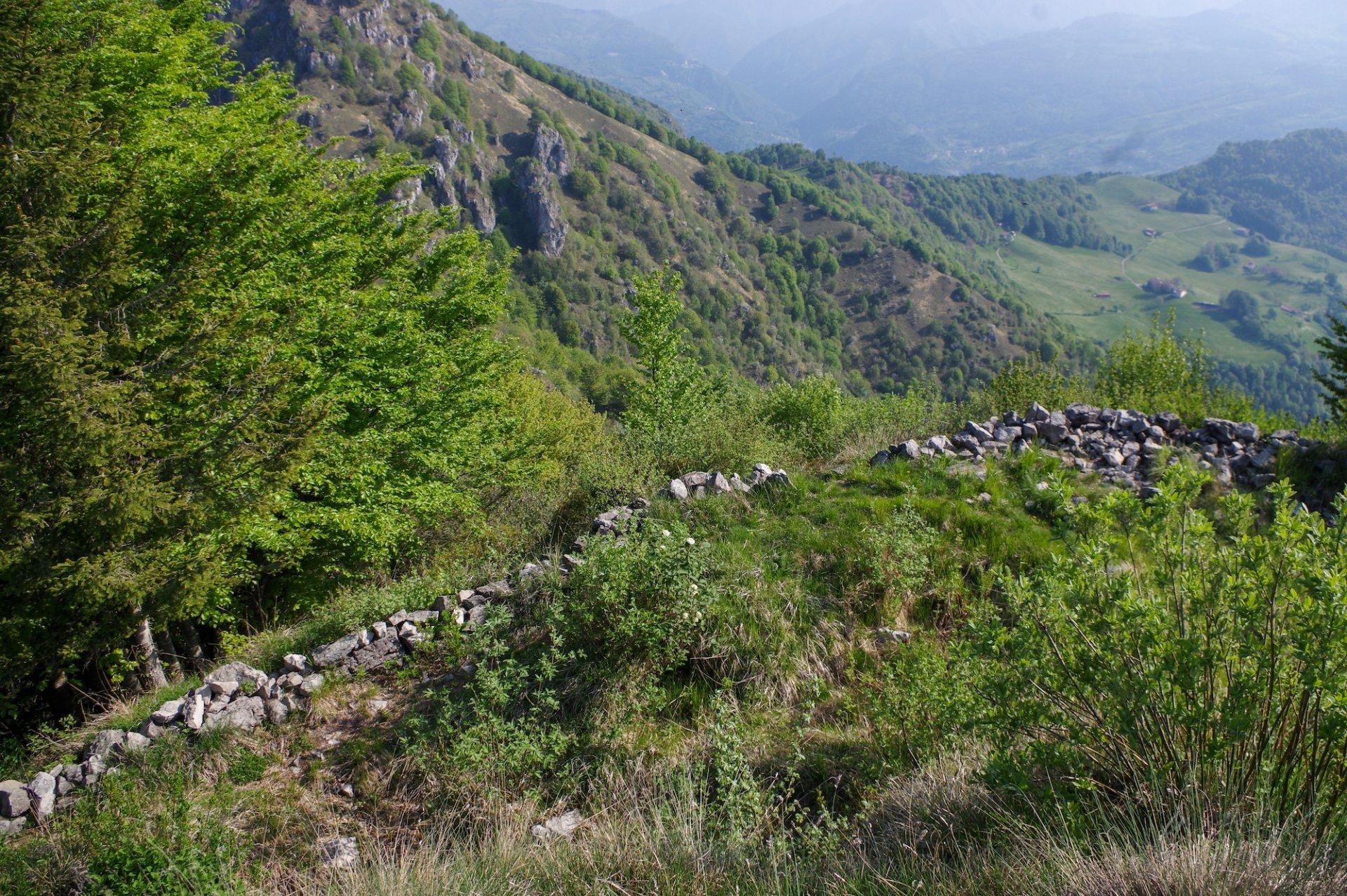 Il Castello Regina, tesoro nascosto della Val Brembana che merita di essere scoperto