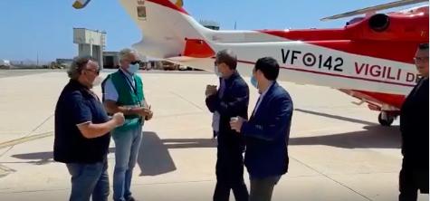 Emergenza sbarchi, Musumeci a Lampedusa: 'Roma dia risposte immediate'