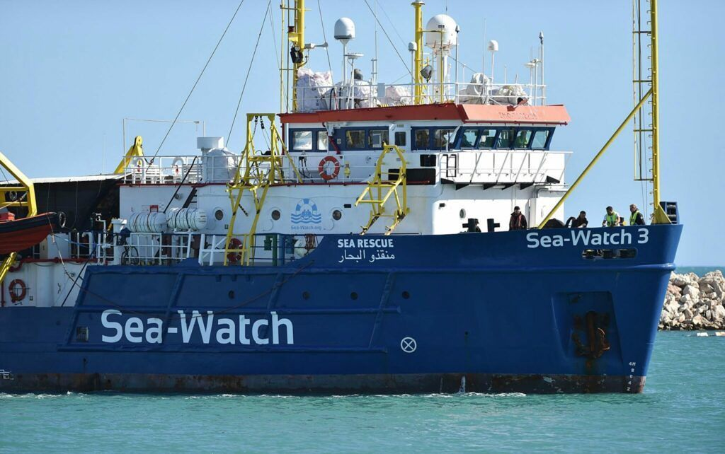 Migranti. Fermo amministrativo per la 'Sea Watch 3'