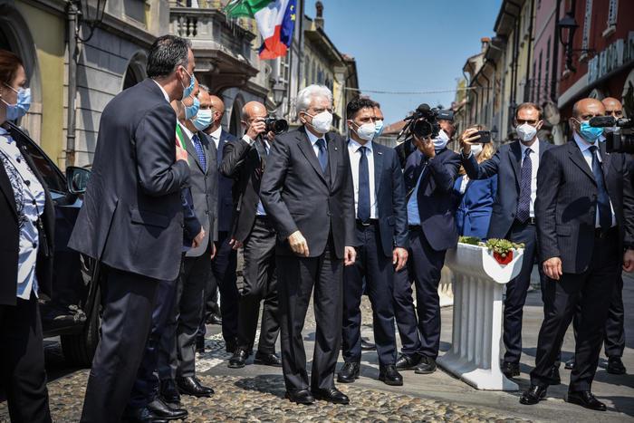 Mattarella: 'Da Codogno riparte Italia del coraggio