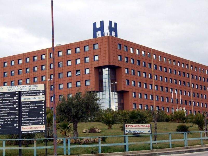 Giovane donna muore in ospedale: espiantati gli organi