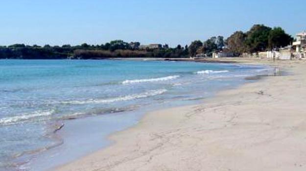 Siracusa. Meetup 5 Stelle: 'impiegare i percettori del Reddito di Cittadinanza nelle spiagge libere'