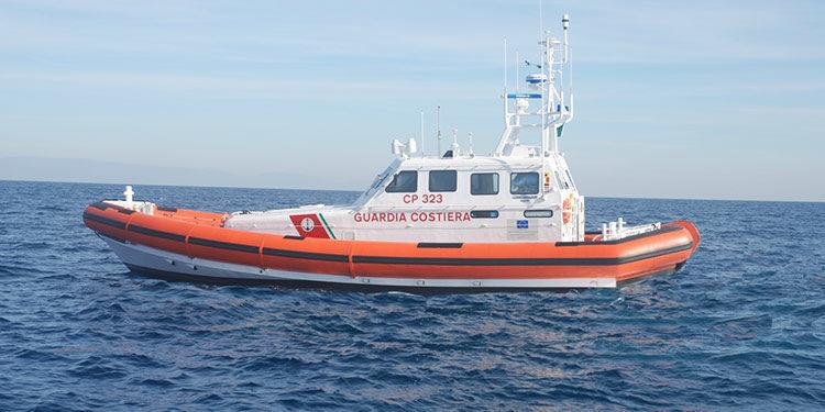Barca a vela in avaria al largo di Capo Passero soccorsi i due tedeschi a bordo