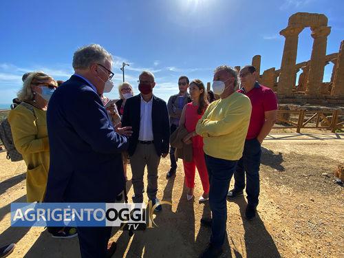 l'Assessore Alberto Samonà in visita alla Valle dei Templi