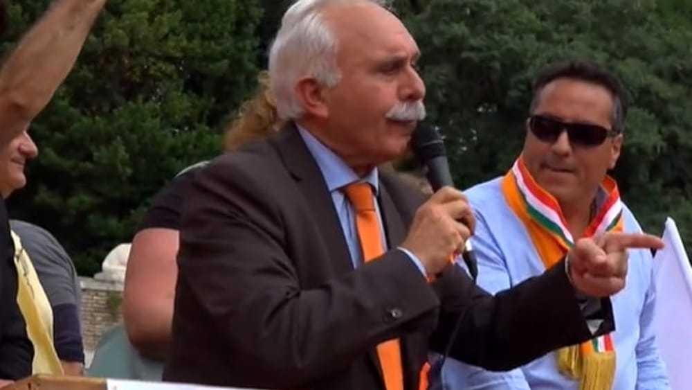 I gilet arancioni del palermitano Pappalardo a Roma, Maria Falcone: 'Basta strumentalizzare foto Giovanni'