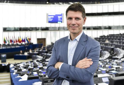 Protesta dei lampedusani, Corrao, M5S, incalza la Commissione Europea