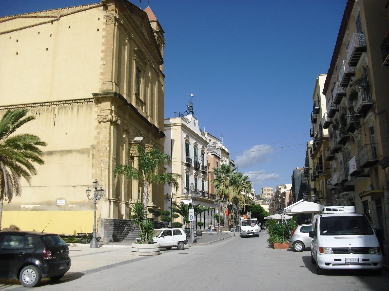 Porto Empedocle, luci a led in via Roma con i fondi della Legge Fraccaro