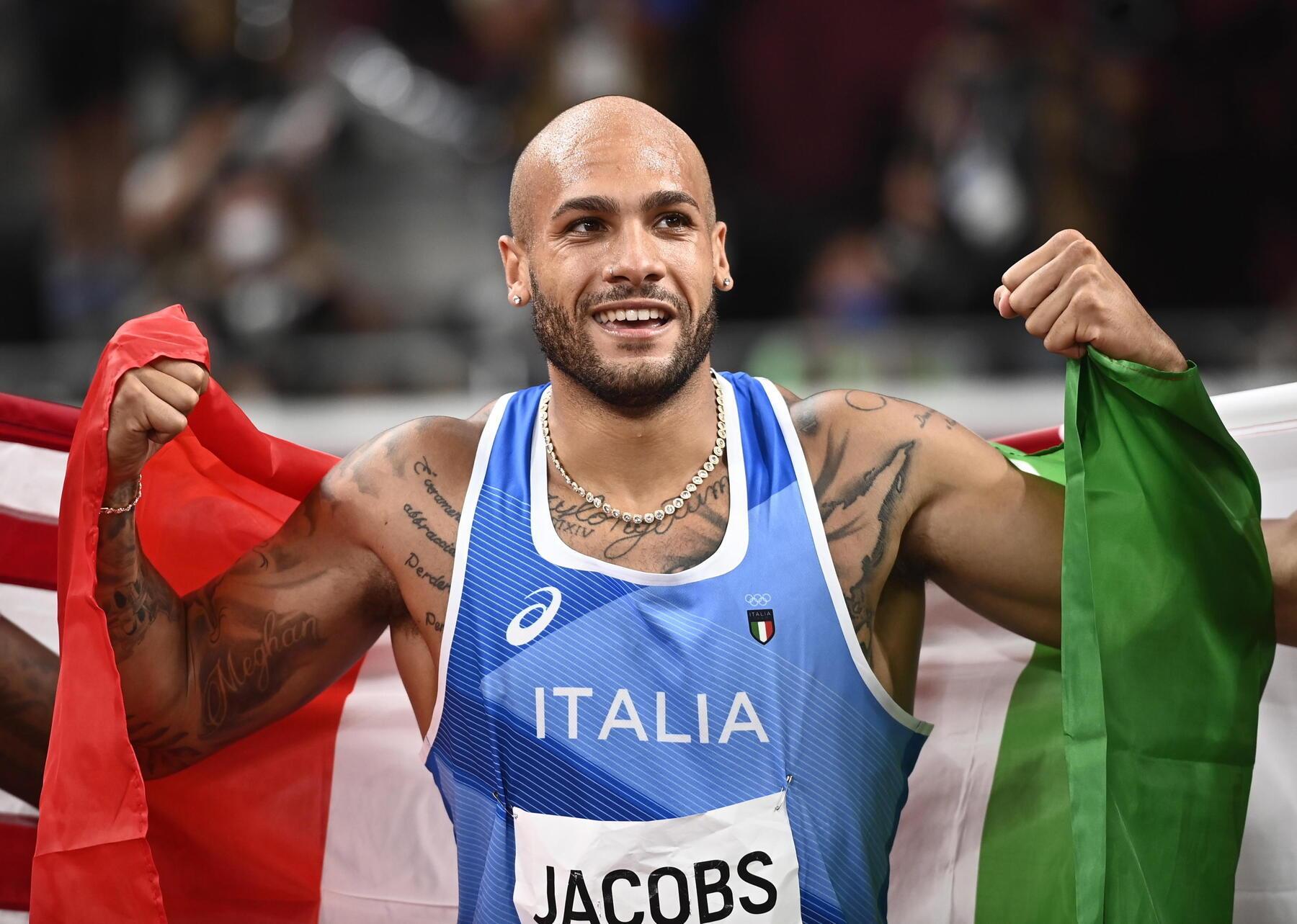 I giornali stranieri celebrano la medaglia doro di Marcell Jacobs tranne uno caduta di stile del Mirror al quale serve Google [GALLERY]