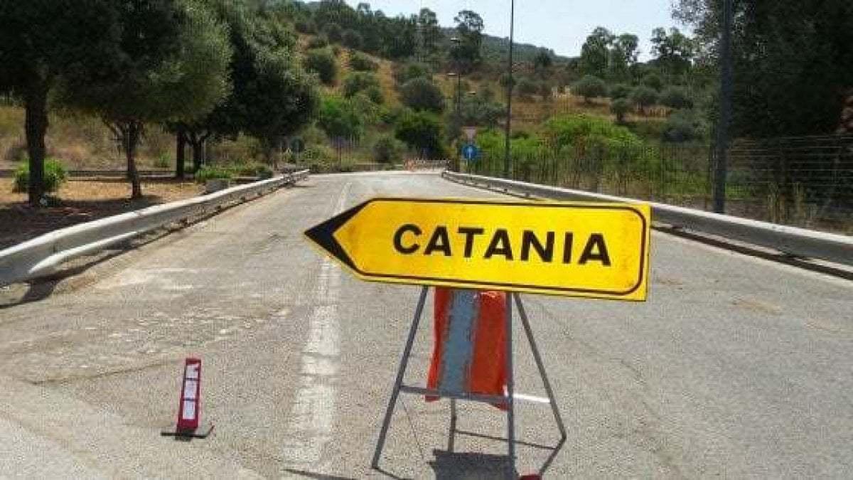 Palermo-Catania, chiusa la carreggiata per un incidente all'altezza di Enna