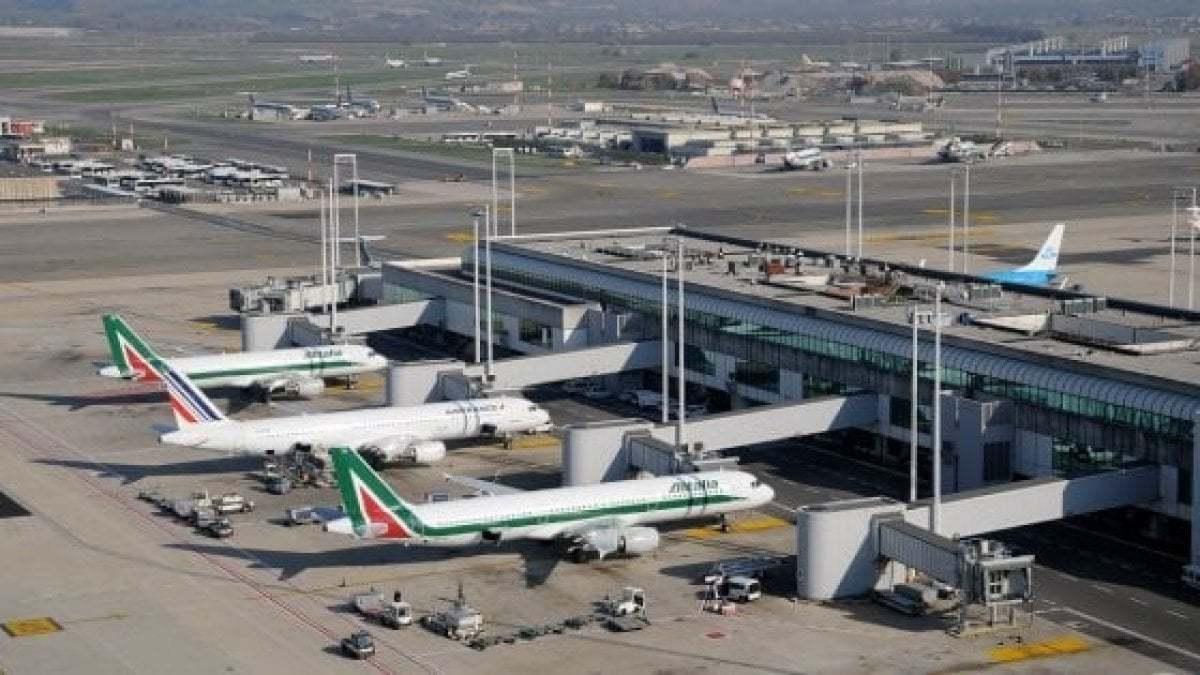 Aeroporti italiani, in tre mesi persi 45 milioni di passeggeri