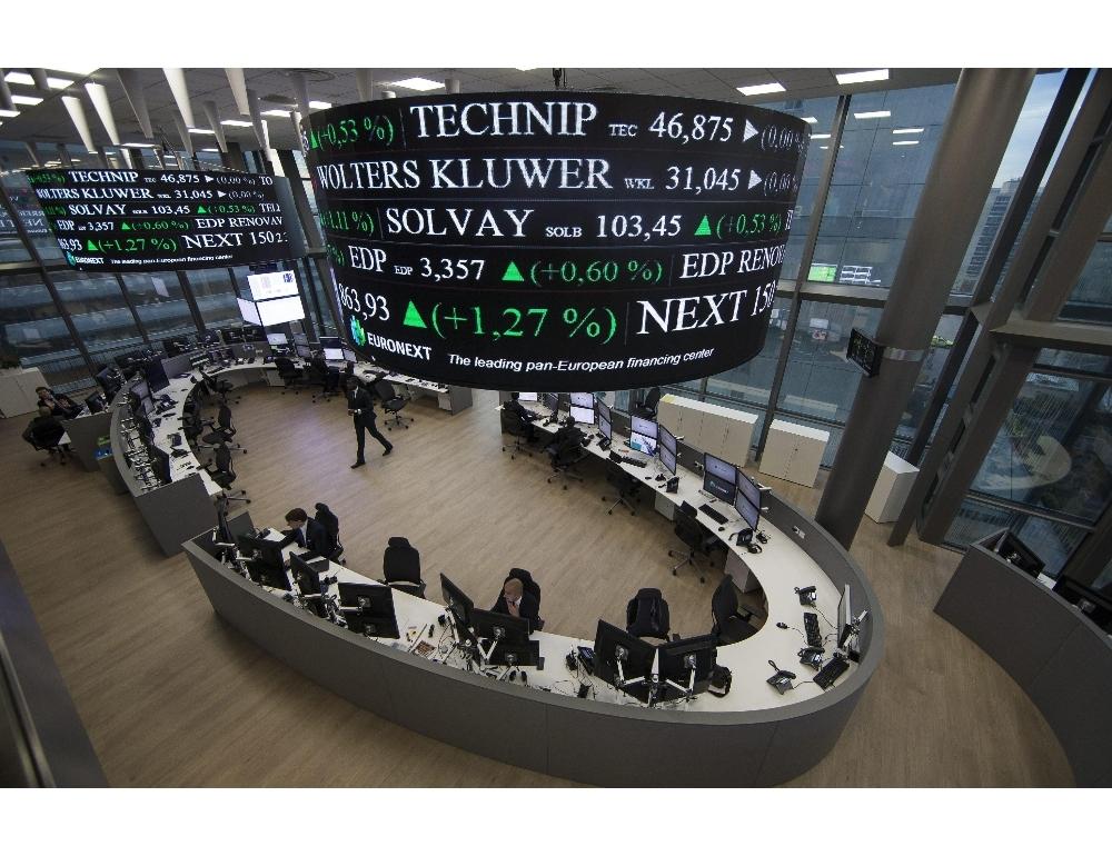 Borsa Europa apre calo faro mosse banche centrali