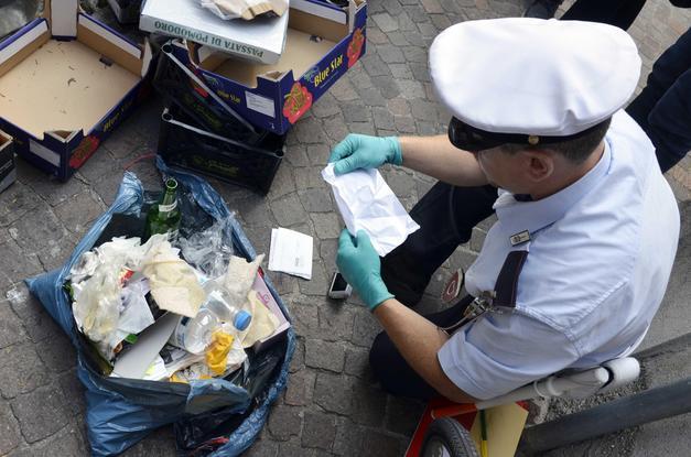 Multata per aver abbandonato rifiuti in strada aggredisce agente della Polizia Municipale. Solidarietà di MSBC