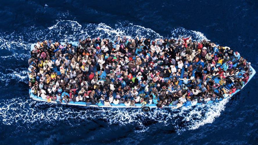 Petrolio e migranti. Il 'patto libico' per il traffico di migranti