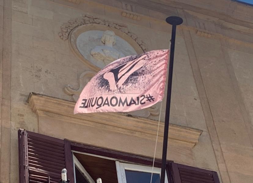 Palermo in serie C, al Comune di Monreale sventola la bandiera rosanero