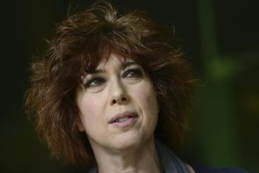 Veronica Pivetti debutta alla regia