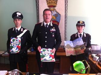 Carabinieri: presentato calendario 2016