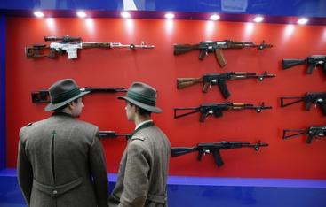Mosca ad Atene,co-produzione Kalashnikov