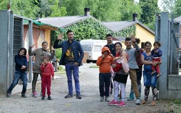 Nomadi, corteo per chiusura campi a Roma
