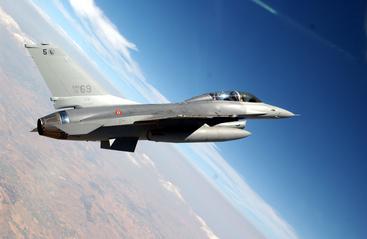 'Bang' aerei caccia crea allarme